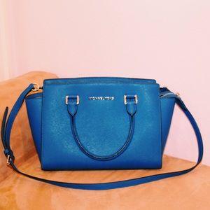 44398f6bade2 Women Kors Royal Blue Handbag on Poshmark